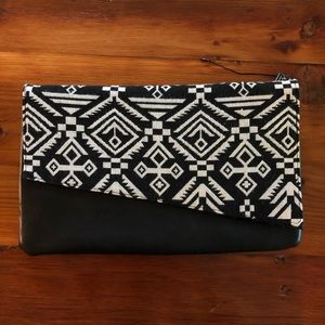 MMS Black & White clutch
